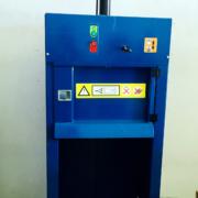 Compactadora de cubos de 240L MacFab